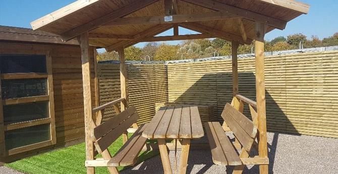 Mobilier de jardin banc table et jeux plein air nancy avec bois nature - Mobilier jardin nancy poitiers ...
